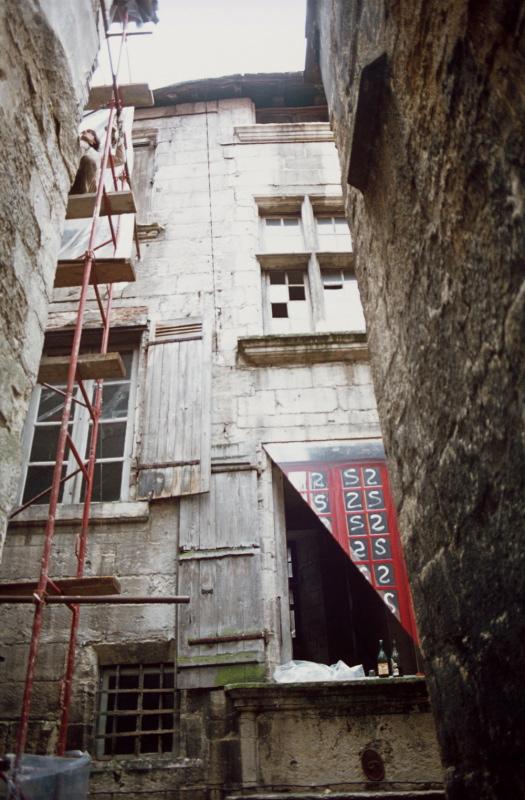 Périgueux 77 - demi fenêtre 1